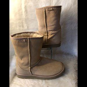 a63b72dbcad EMU Shoes | Australian Sheepskin Boots Euc Womens 10 | Poshmark
